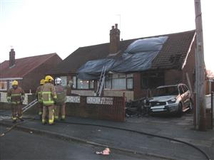 car and caravan fire which affected property in warrington. Black Bedroom Furniture Sets. Home Design Ideas