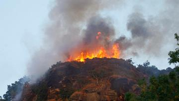 Large gorse fire on Helsby Hill in Frodsham