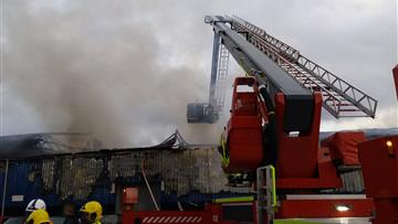 Industrial building fire in Widnes