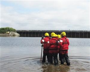 Wader training in Manchester Ship Canal