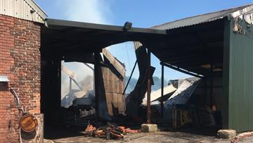 Large barn fire in Goostrey