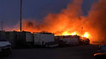 Large warehouse fire in Widnes