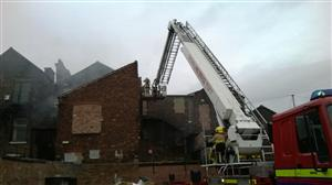 Hydraulic platform at a fire in Widnes