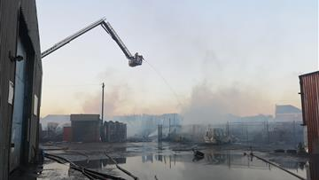 Aerial ladder platform at the fire in Widnes