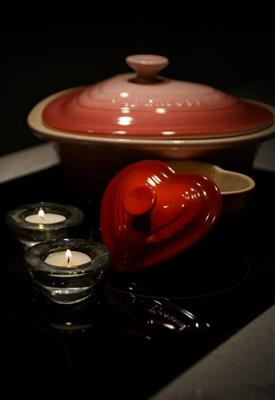 Candle safety warning ahead of Valentine's Day