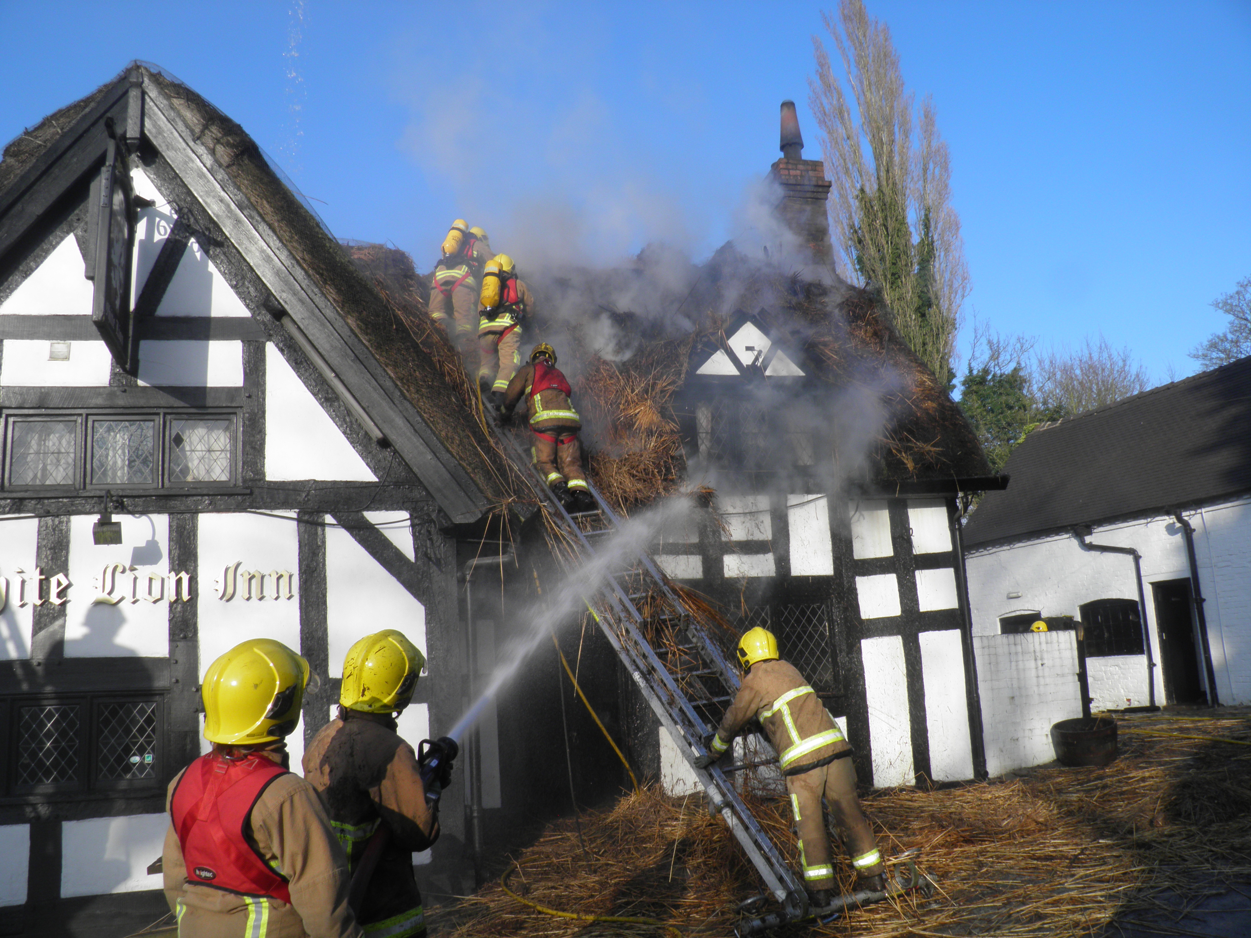 Crews Tackle Thatch Roof Fire At Barthomley Pub