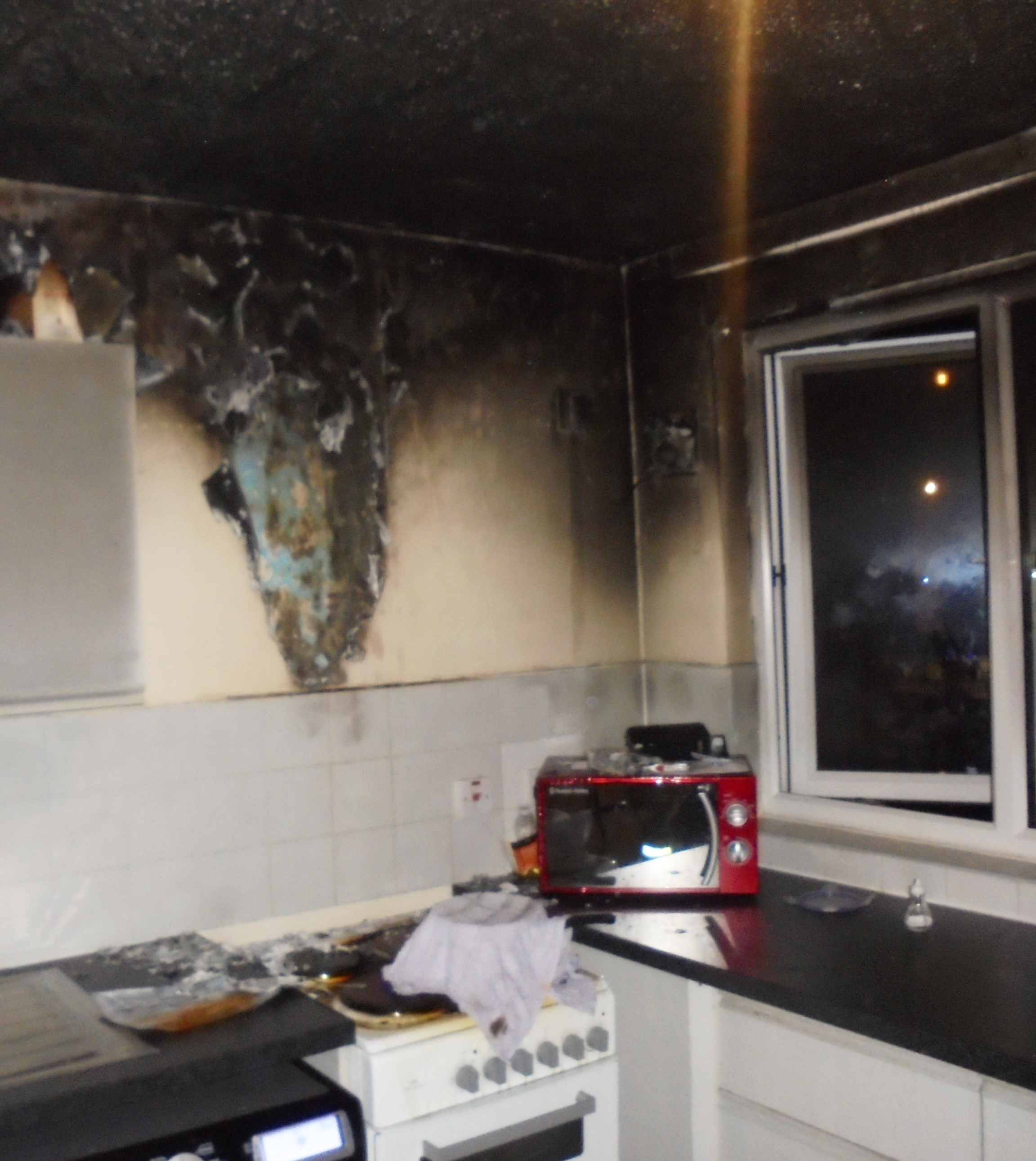 Unattended Chip Pan Causes Runcorn Kitchen Fire