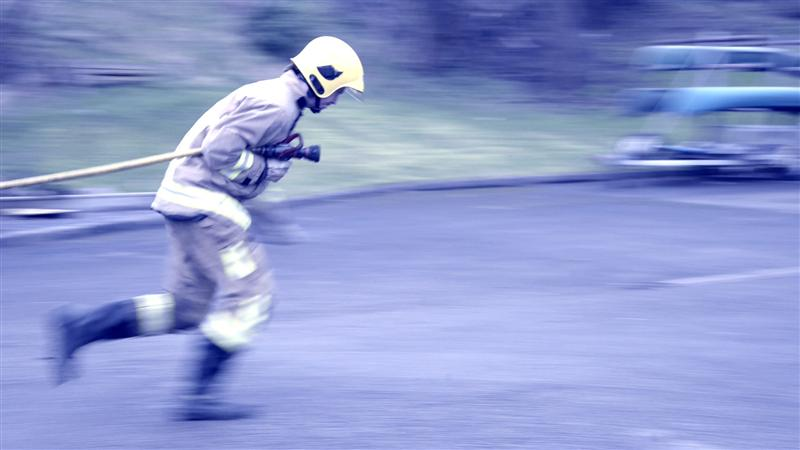 Equipment carry exercise