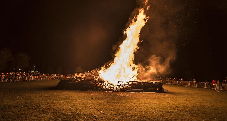 Organised bonfire